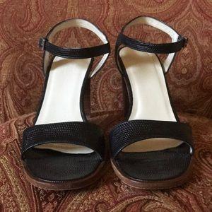 J. CREW black strap chunk heel shoes leather 7